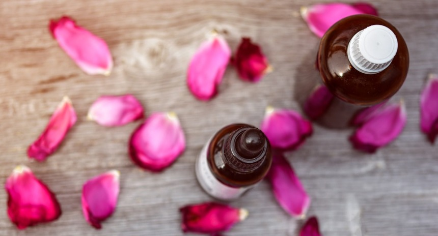 rose tonic lotion featured