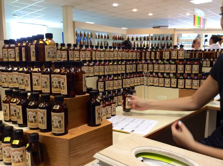 Fragrances essential oils organ