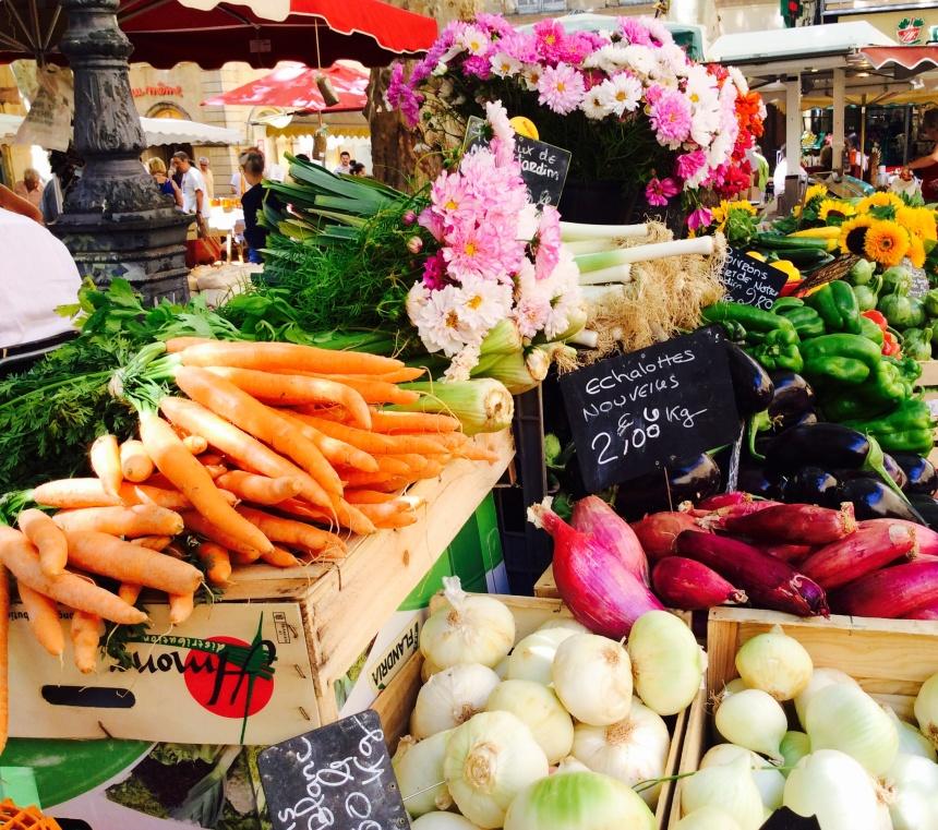 organic carrots photography