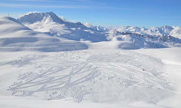 ephemeral art in snow