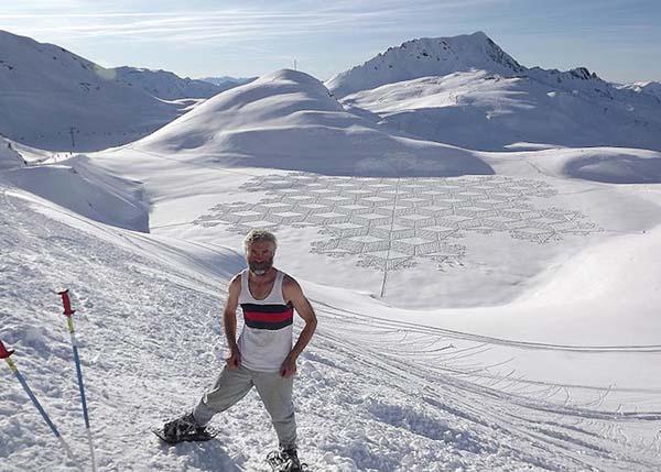 Simon Beck french snow artist