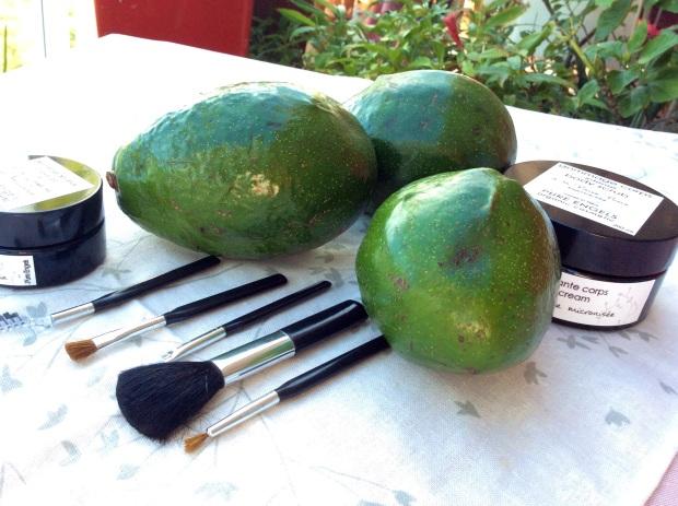 avocado oil diy scrub with vanilla
