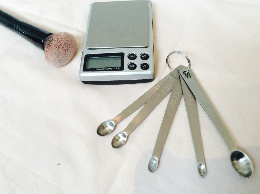 measuring spoon and scale