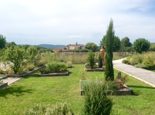 south-of-france-essential-oil-expertise-for-centuries