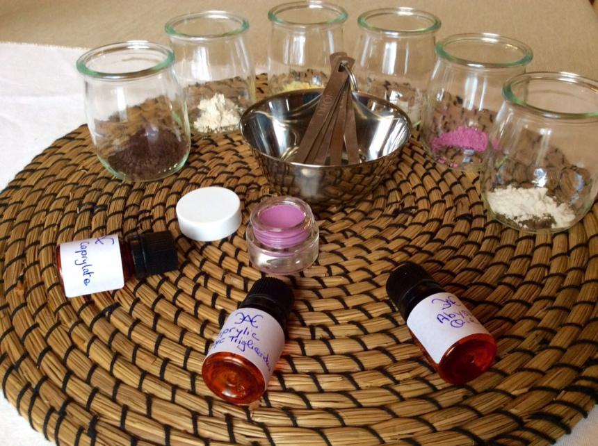diy-blush-recipe-and-ingredients